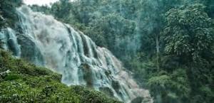 Isaan - Wasserfall